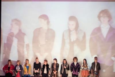 Zdjęcie uczestników konkursu w czasie pokazów na Fashion meeting Wrocław.