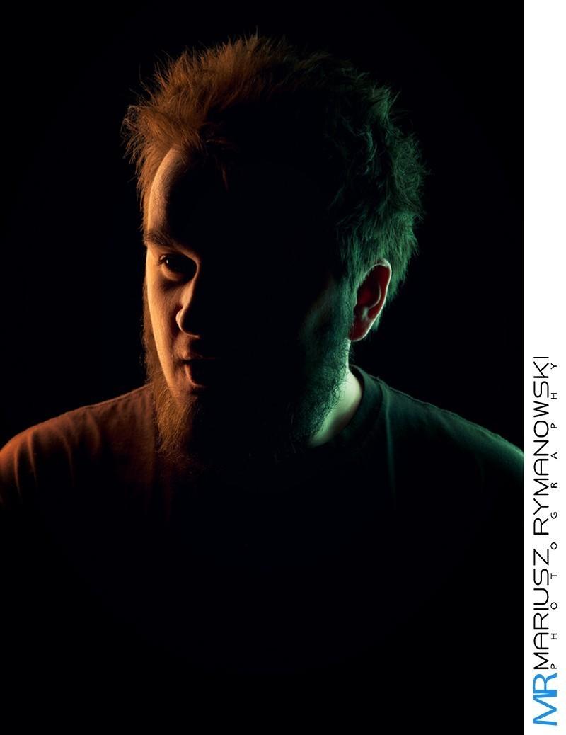 ciemne zdjecie portretowe wroclaw